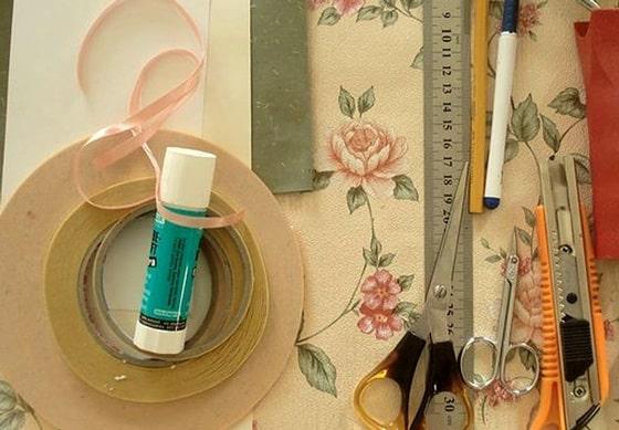 Необходимые материалы для создания объемной открытки