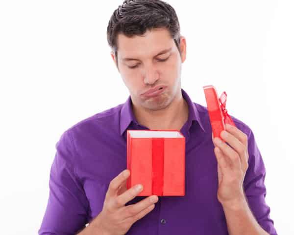 Муж удивлен подарком