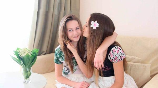 Поздравление сестренки - приятный момент
