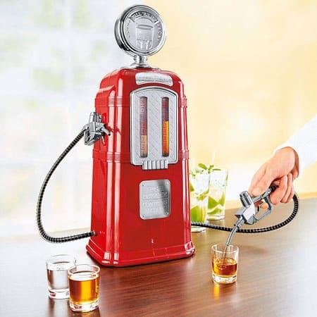 Диспенсер для напитков «Бензоколонка»