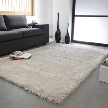 пушистые прикроватные коврики