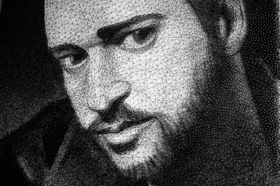 ArtPautina - портрет из нитей