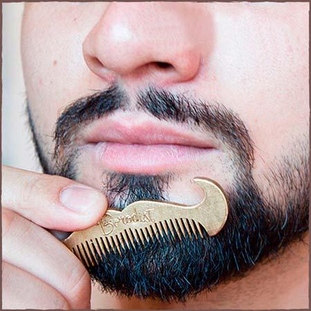 Расческа для бороды Moustache