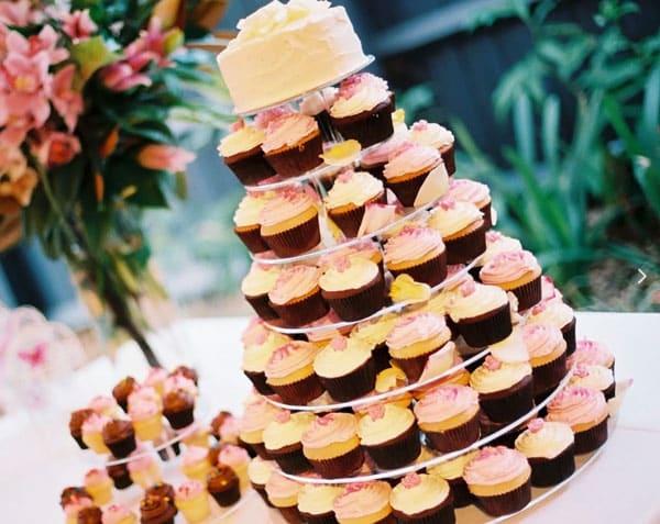 Торт из пироженных
