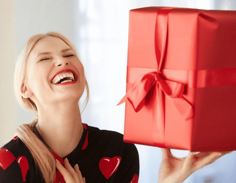 Идеи подарков человеку, у которого есть все на День рождения